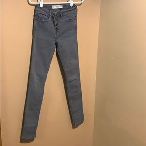 EUC Abercrombie &Fitch Gray stretch jeans. Jegging
